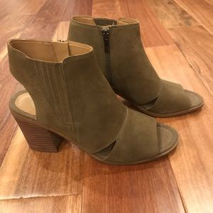 Open-toe Franco Sarto Fall Booties Size 9